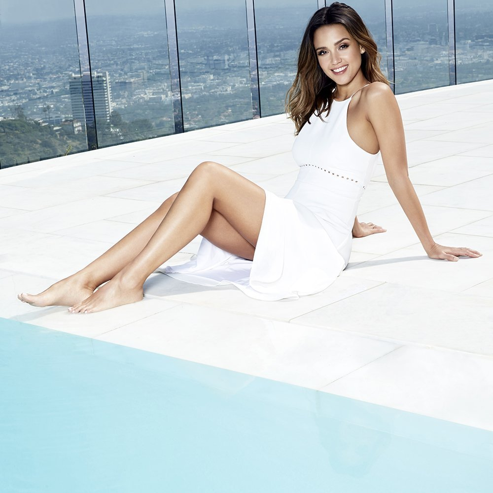 jessica alba bare feet pictures