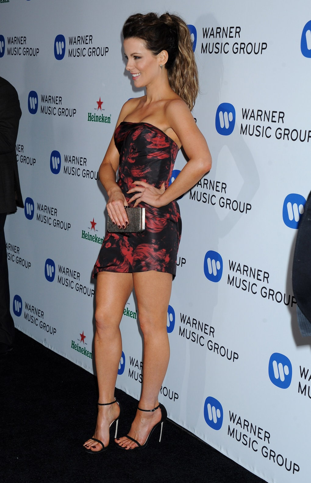 kate beckinsale legs pictures