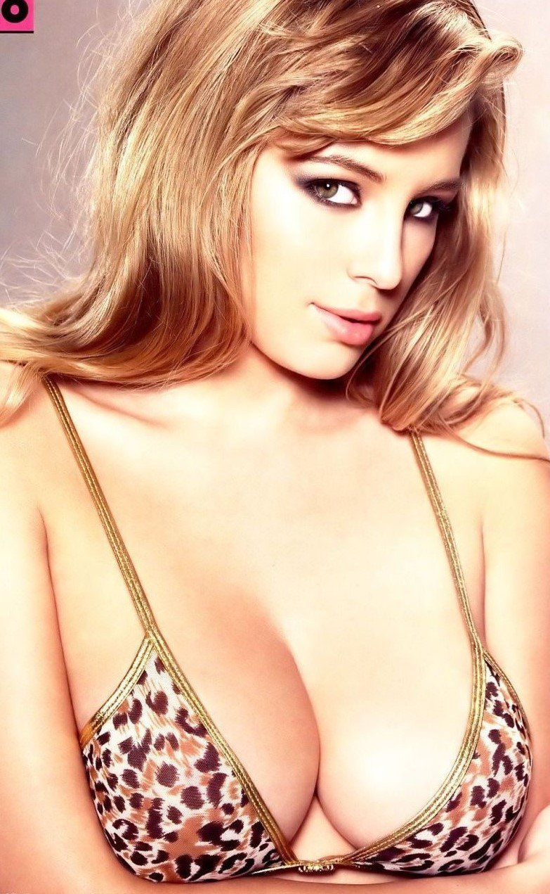 keeley hazell cleavage