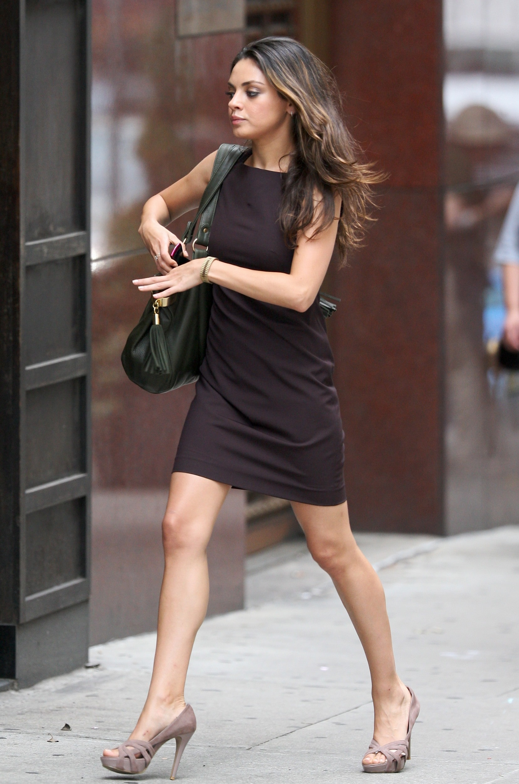 49 Hottest Mila Kunis Sexy Feet Pictures Are Epic As Hell-7535
