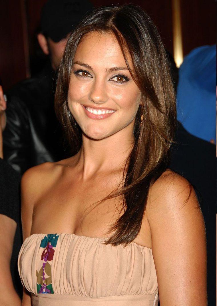 minka kelly smile
