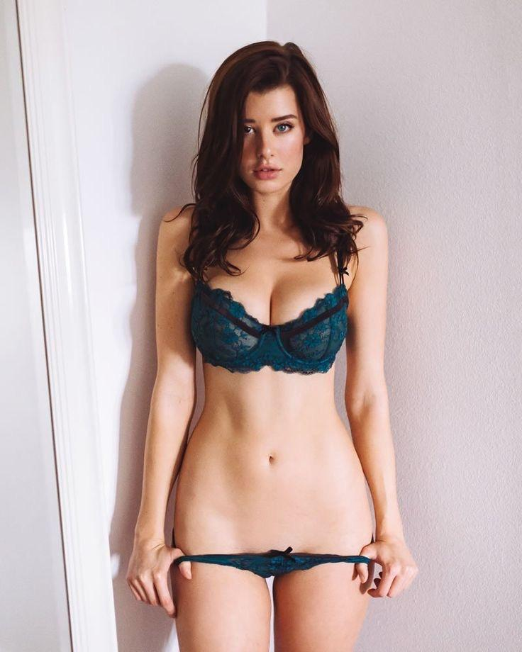 70+ Hot Pictures Of Sarah McDaniel Which Will Drive You