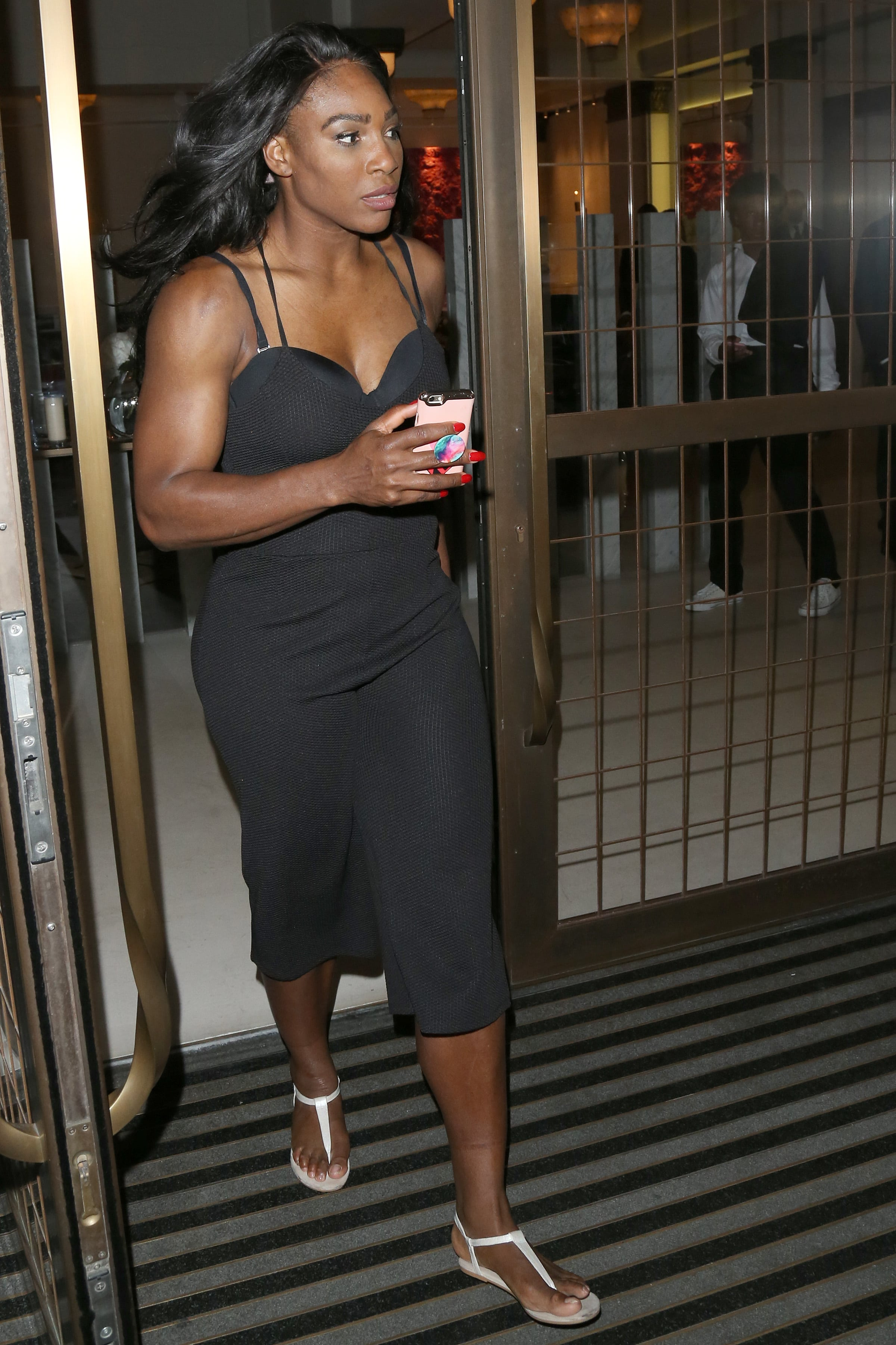 serena williams hot feet