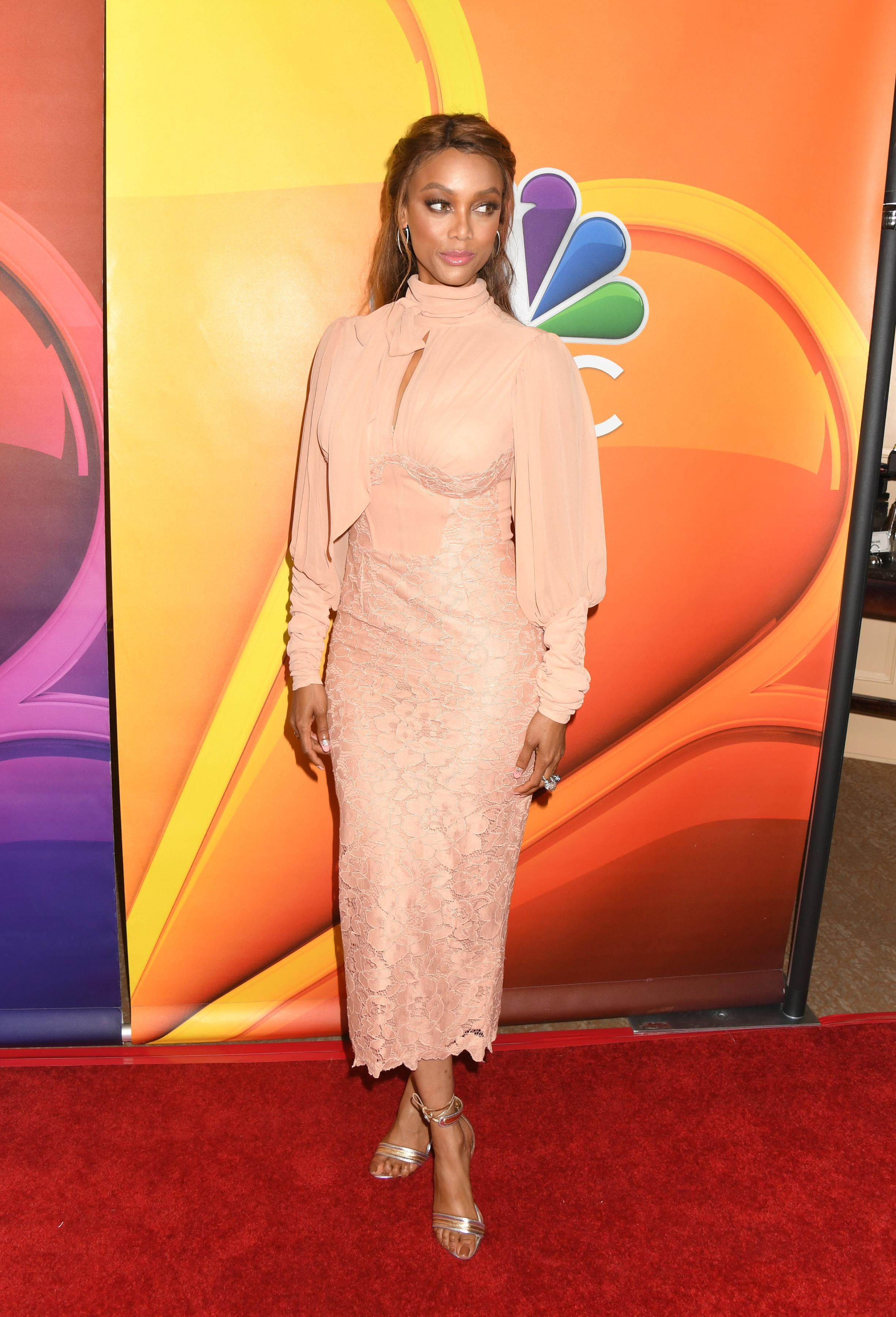 tyra banks feet pictures