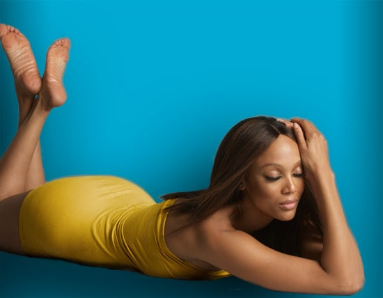 tyra banks hot bare feet photo