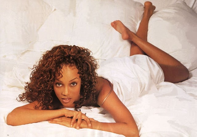 tyra banks hot bare feet pics