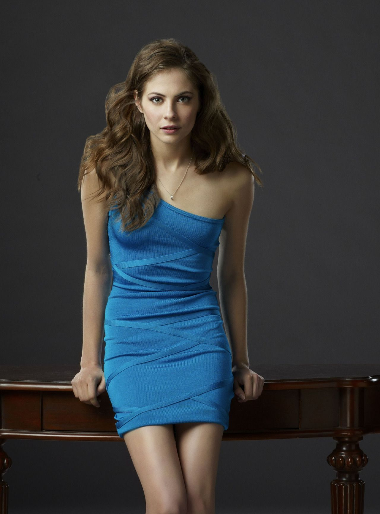 willa holland blue dress