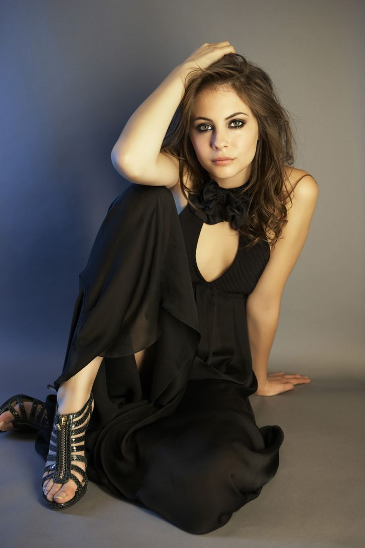 willa holland hot pic