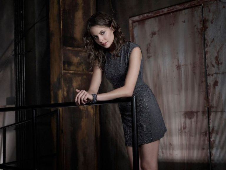 willa holland sexy pics