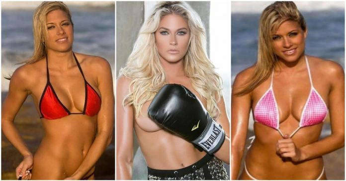 49 Hottest Kelly Kelly From WWE Bikini Pictures Which Will Make You Fall In Love With Her Sexy