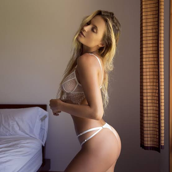 Alana Blanchard ass awesome sexy 2