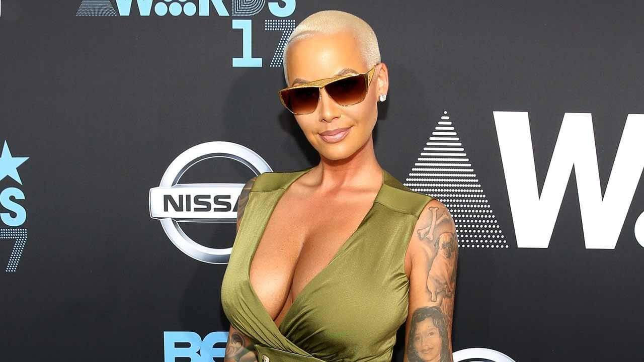 Amber Rose hot booty