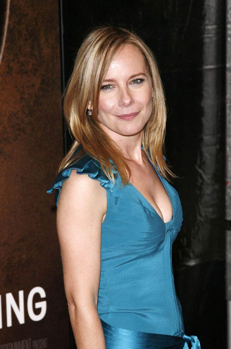 100 Images of Amy Ryan Sex
