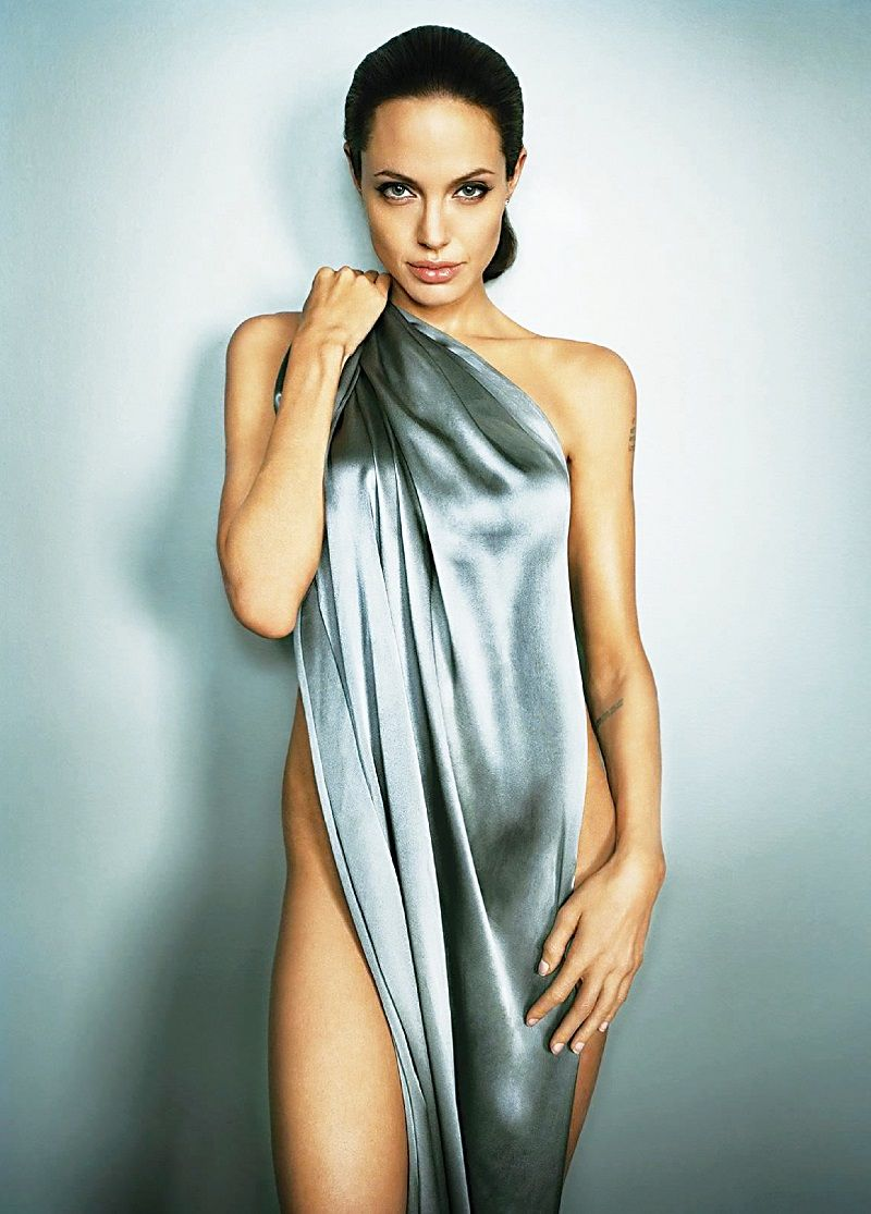 Angelina Jolie Hot Nude Photos 61 sexy angelina jolie boobs pictures will hypnotise you