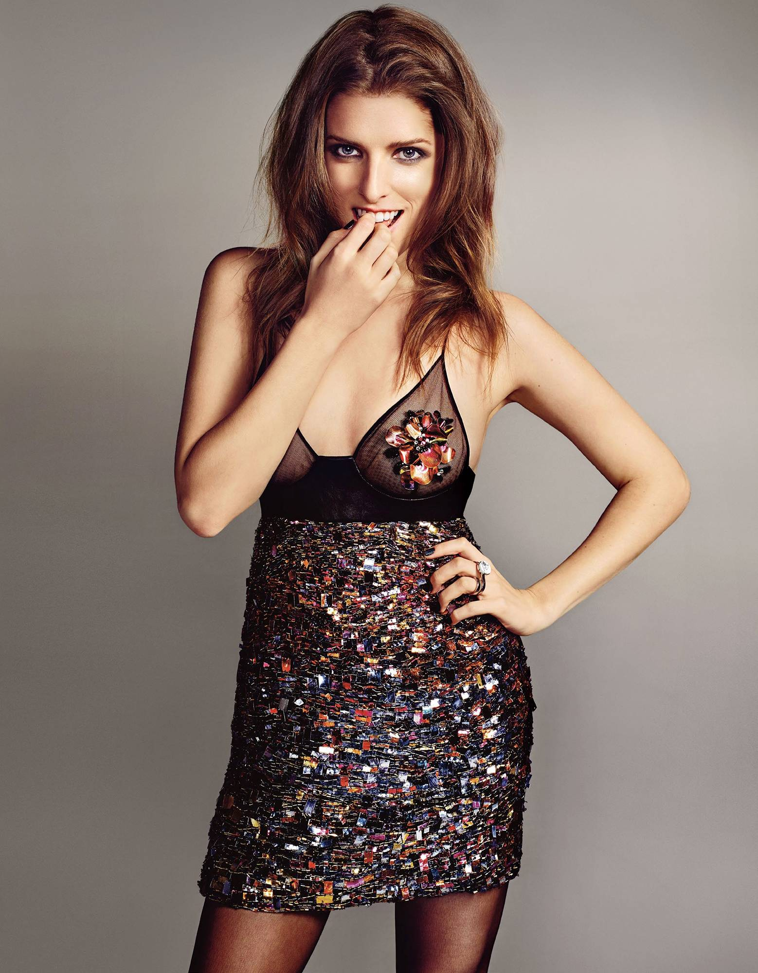Anna Kendrick awesome cleavages