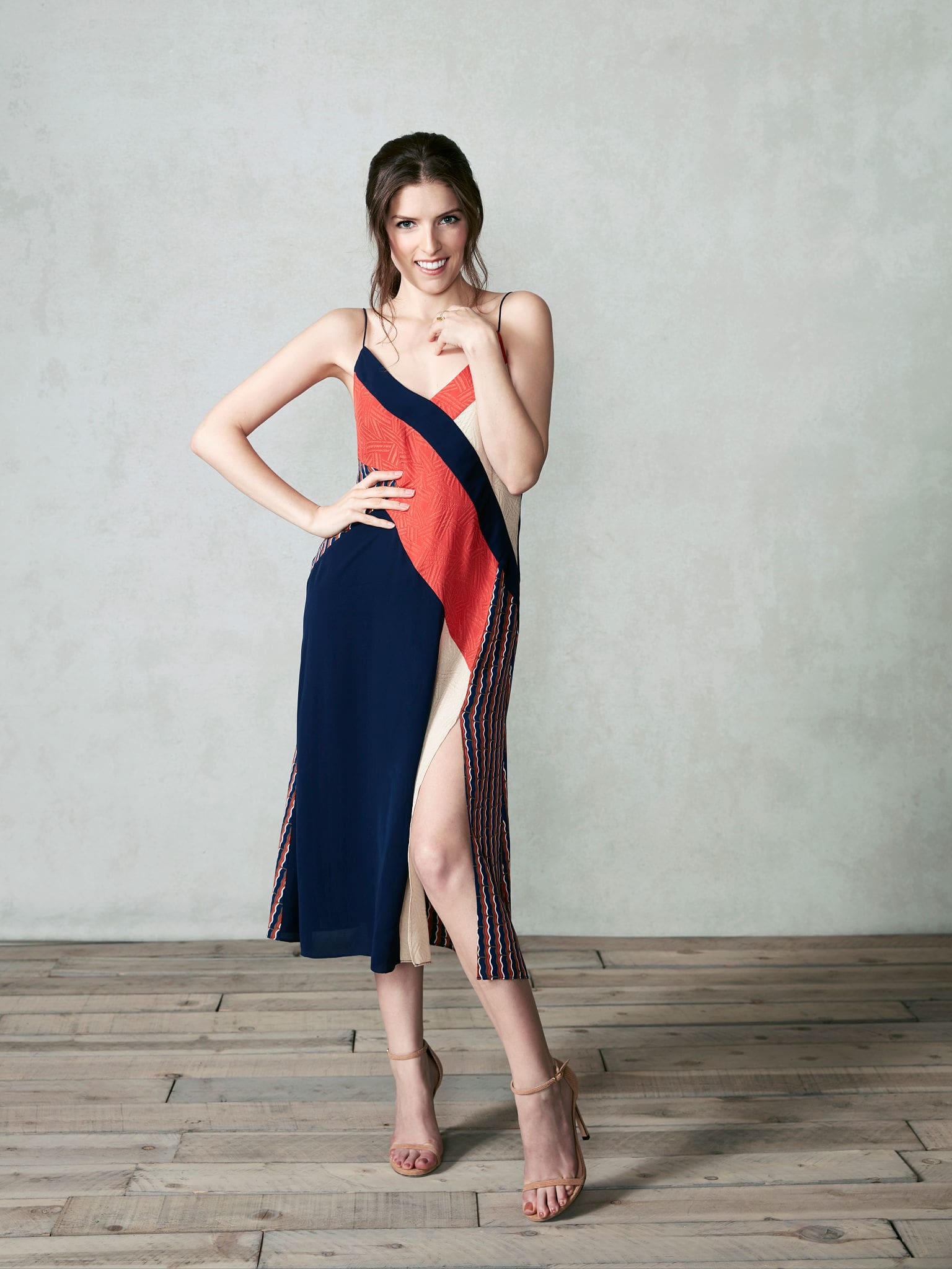 Anna Kendrick hot pictures sexy