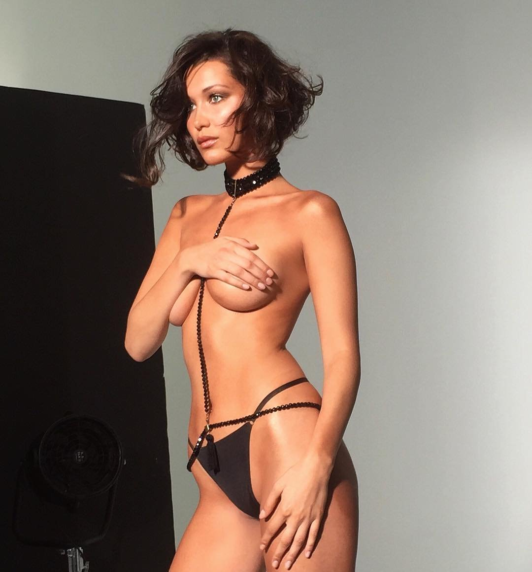 Bella-Hadid-Topless-