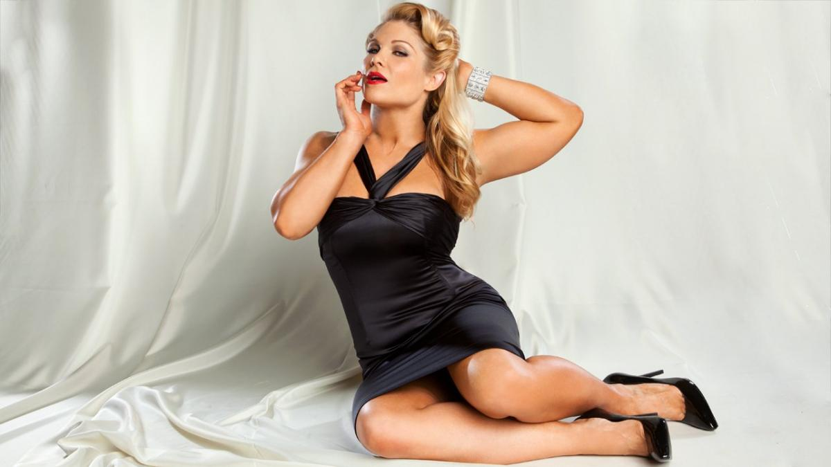 Beth Phoenix hot photoshoot