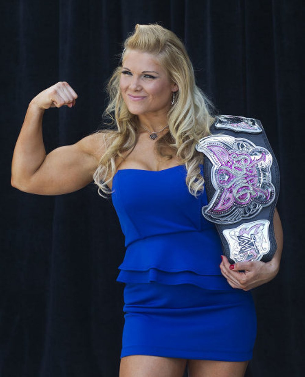 Beth Phoenix sexy blue dress