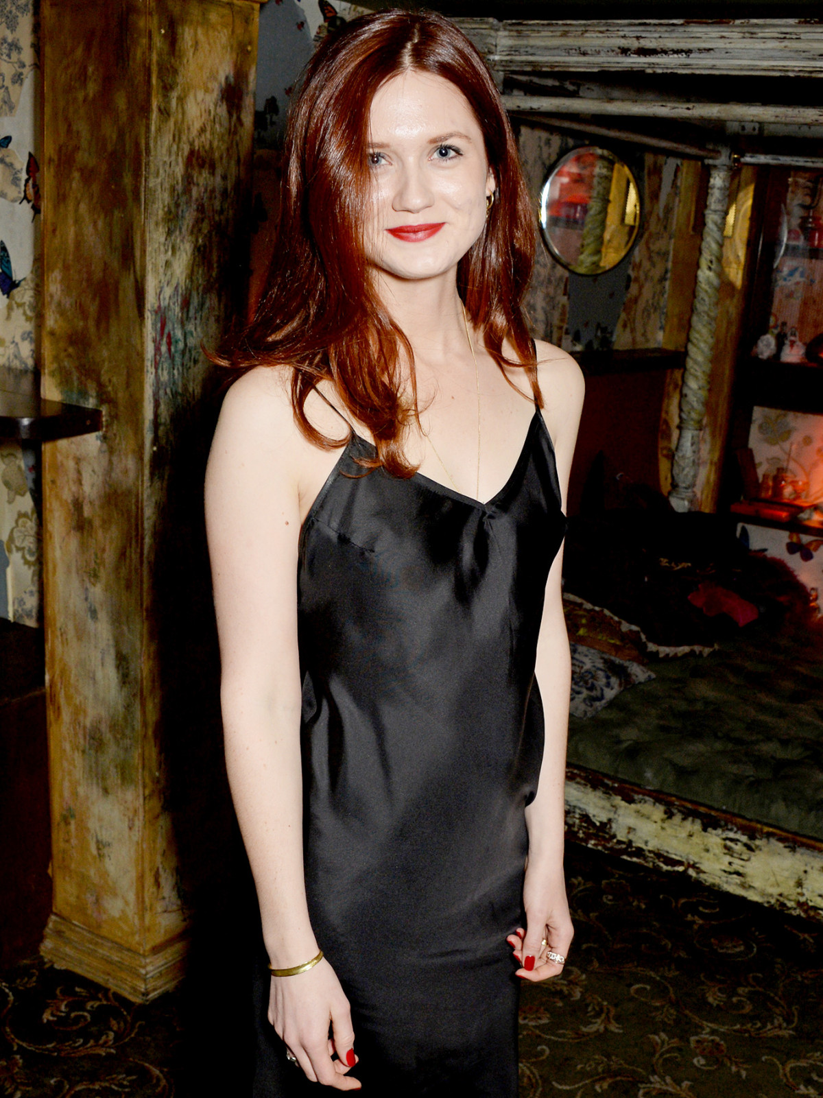 Bonnie Wright hot women picture