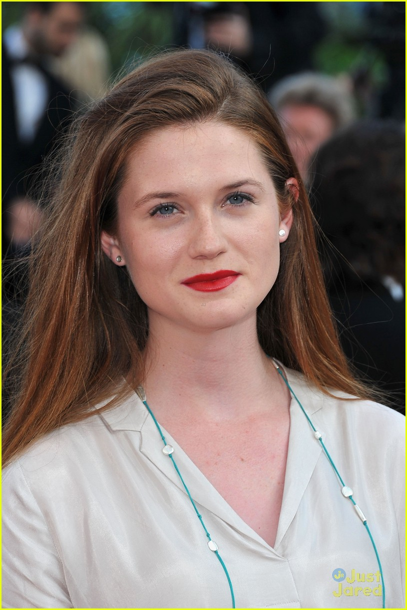 49 Hot Pictures Of Bonnie Wright Which Will Win Your Heart -9934