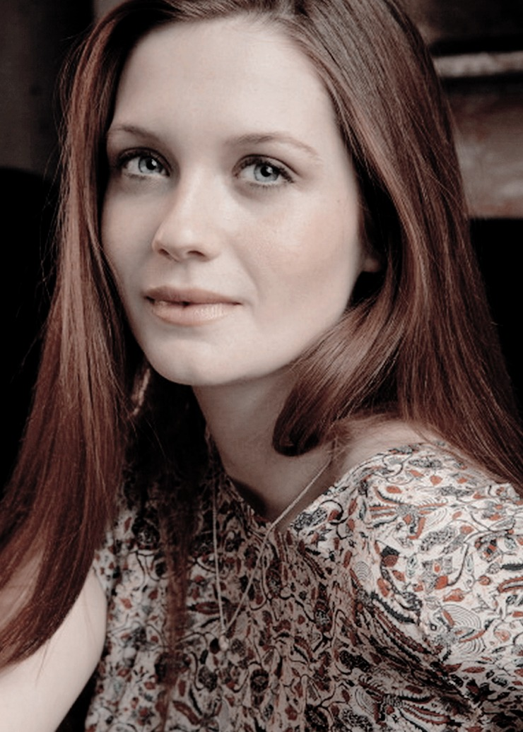Bonnie Wright sexy women picture