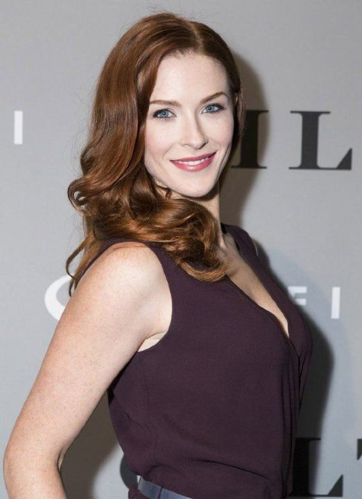 Bridget Regan hot lady photo