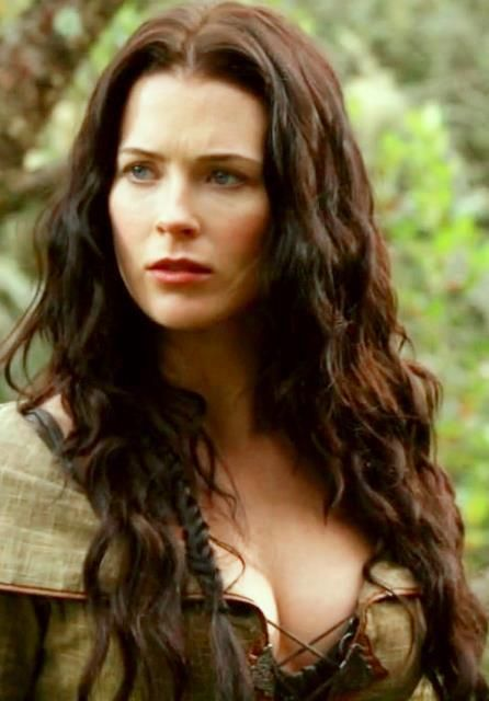 Bridget Regan sexy and hot photo picture