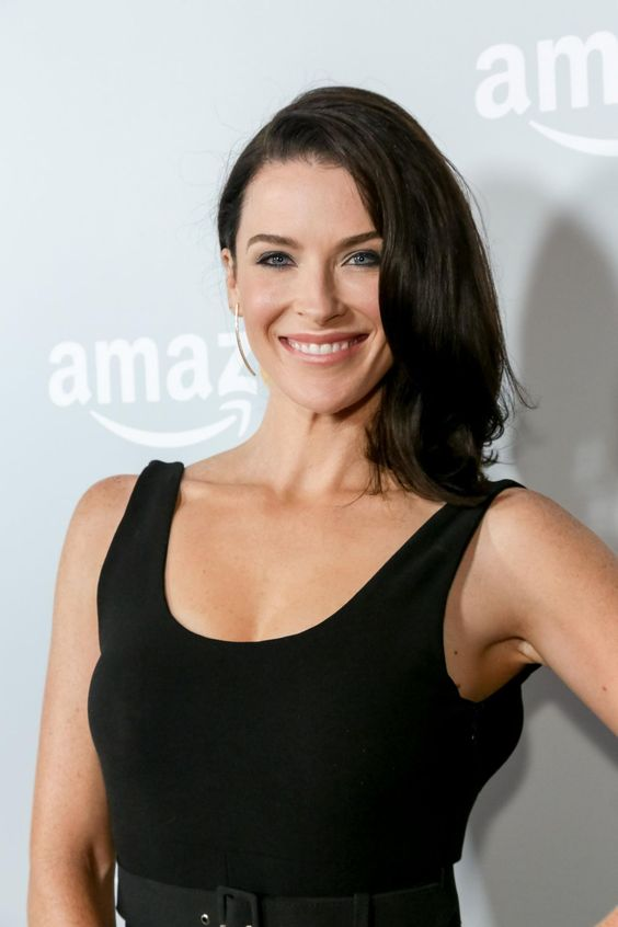 Bridget Regan very hot picture