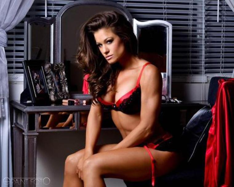 Brooke Tessmacher cleavages sexy (2)