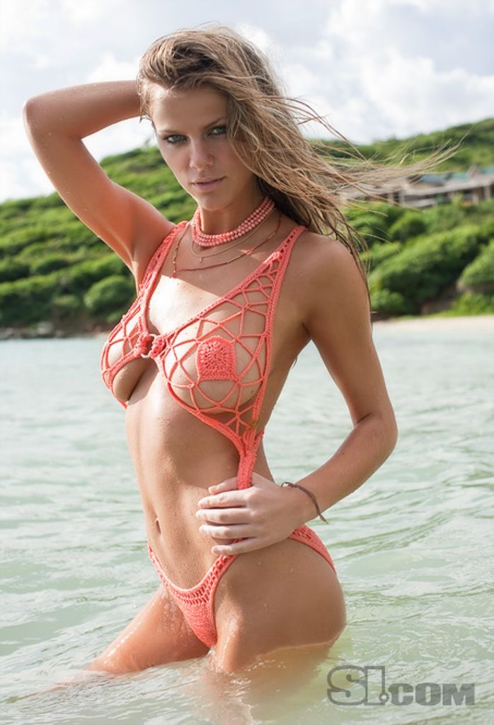 Brooklyn Decker red sexy bikini