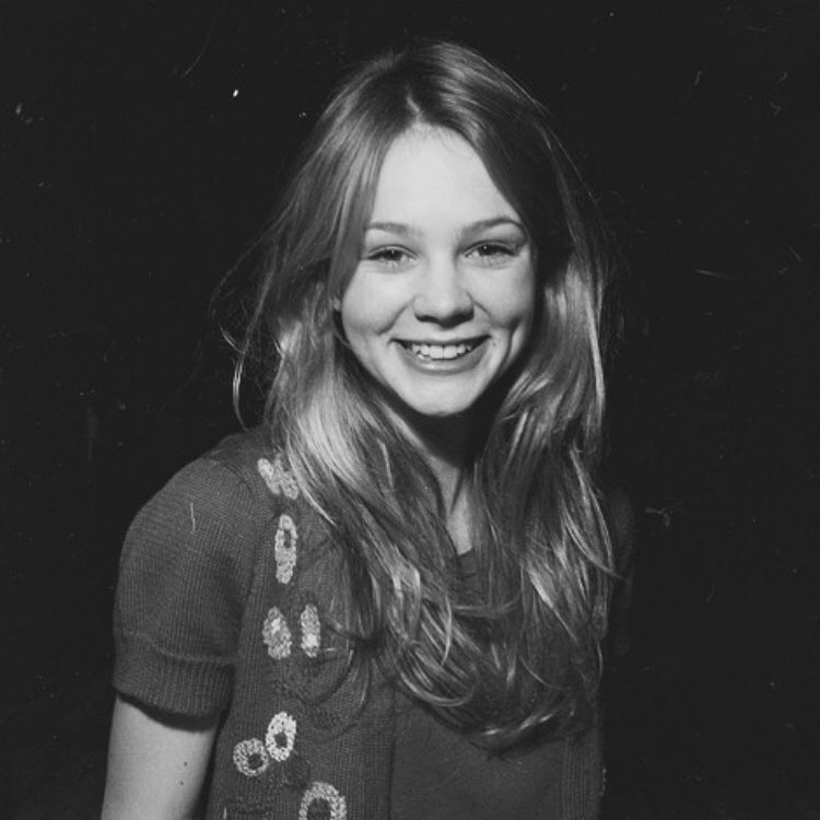 Carey Mulligan Smile Pics