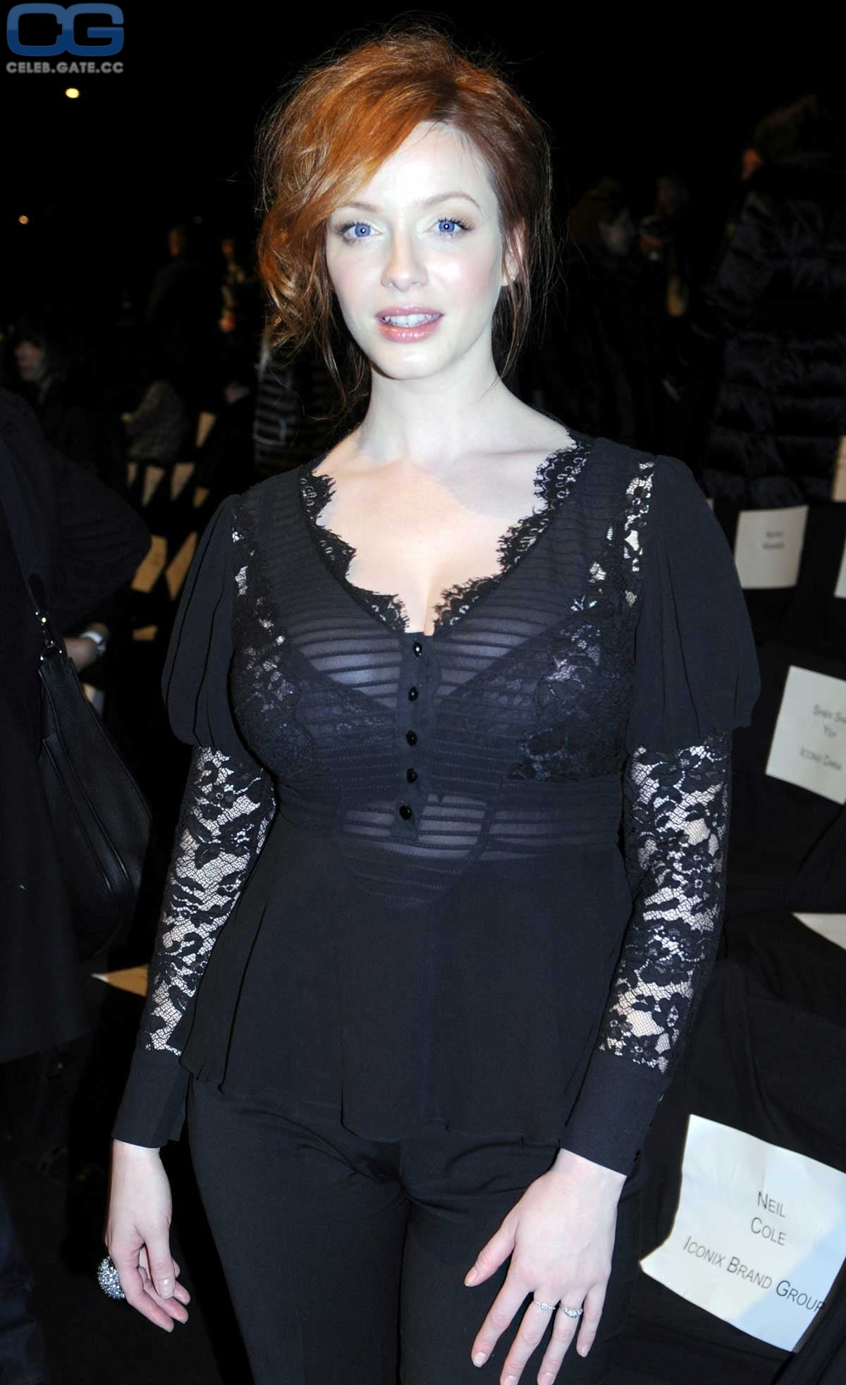 61 Sexiest Christina Hendricks Boobs Will Drive You Nuts For Her