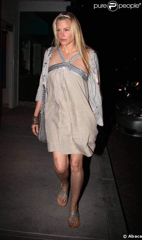 DARYL HANNAH hot pictures