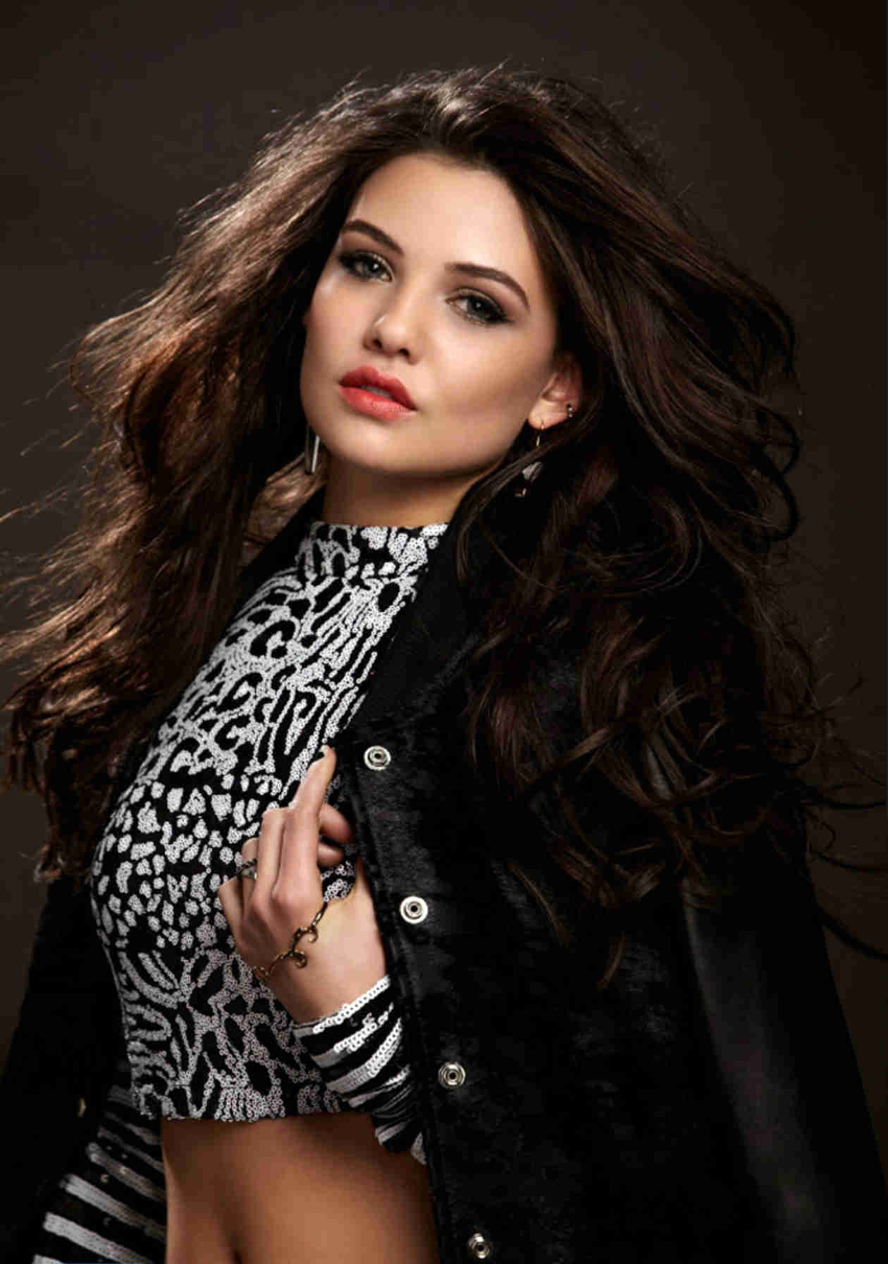 49 Hot Pictures Of Danielle Campbell Will Make You Crave