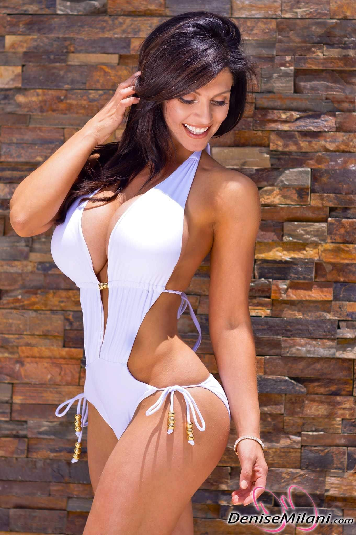 Denise Milani hot pic