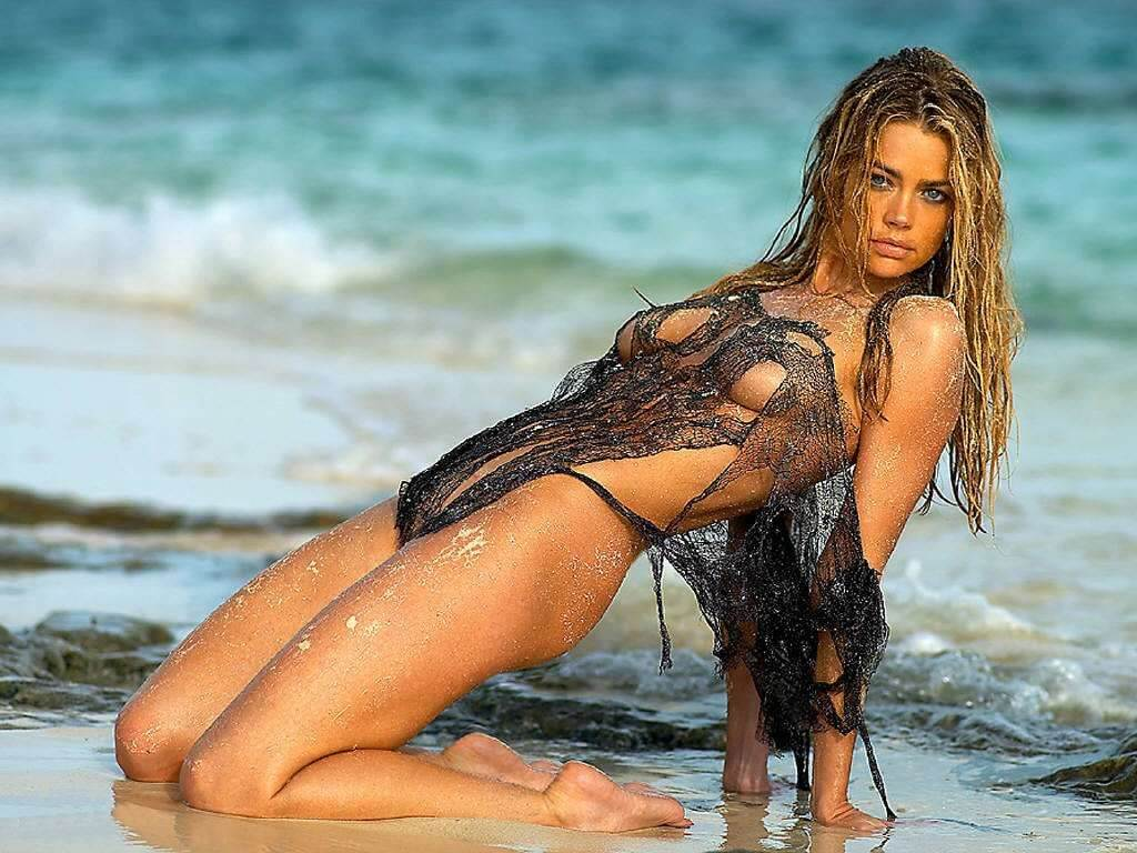 Denise Richards sexy beach scene