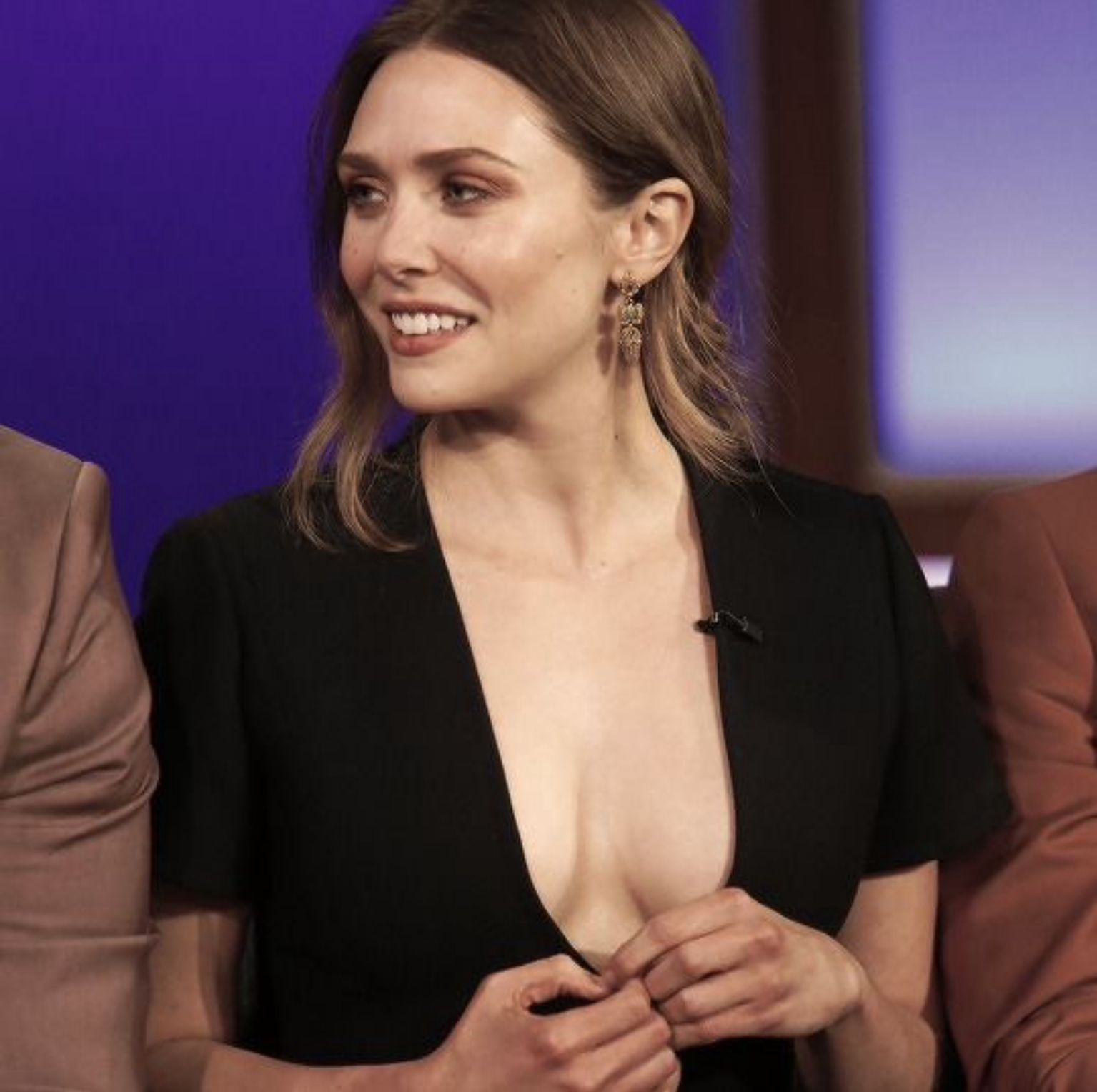 ELizabeth Olsen cleavages hot