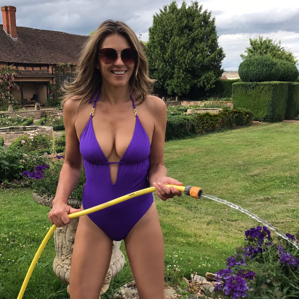 49 Sexiest Elizabeth Hurley Boobs Pictures Are Gift From