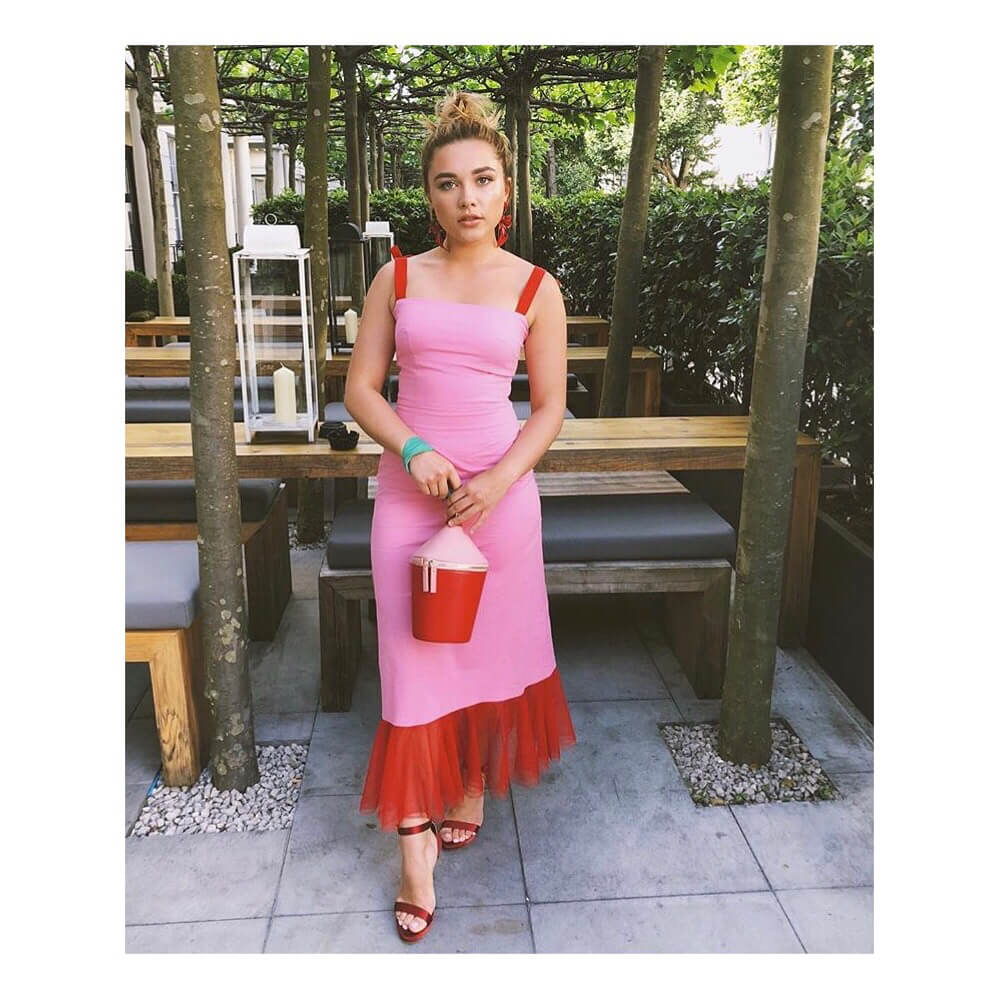 Florence Pugh sexy picture