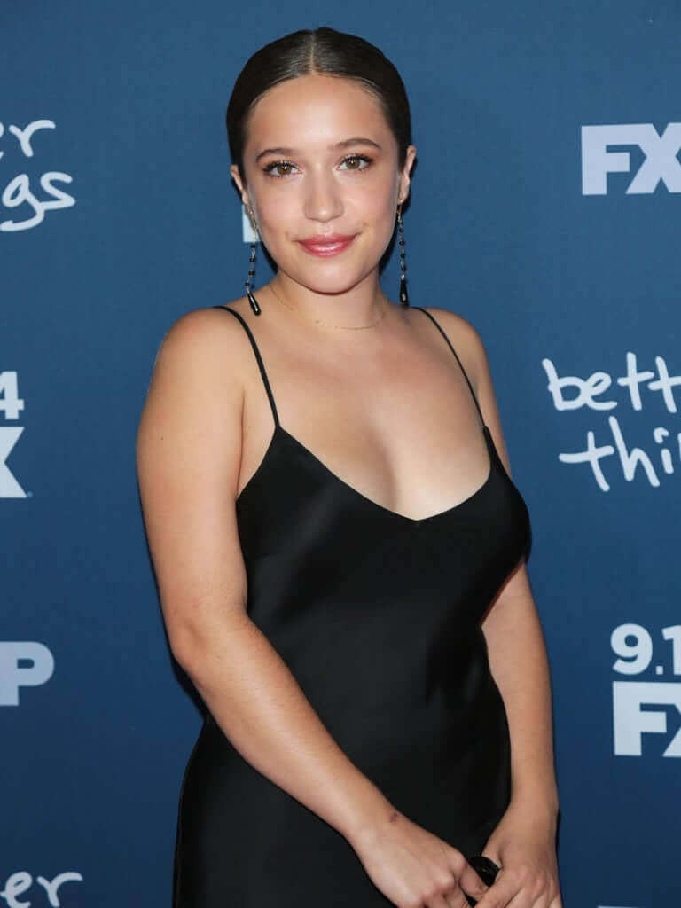 30 Hot Pictures Of Gideon Adlon Which Are Sure To Win Your Heart Over-5708