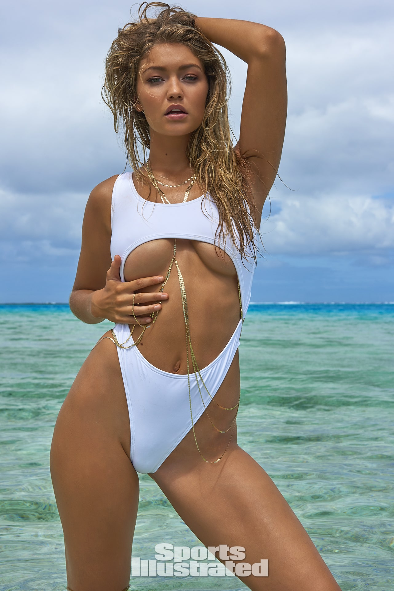 Gigi Hadid white swimsuit (2)