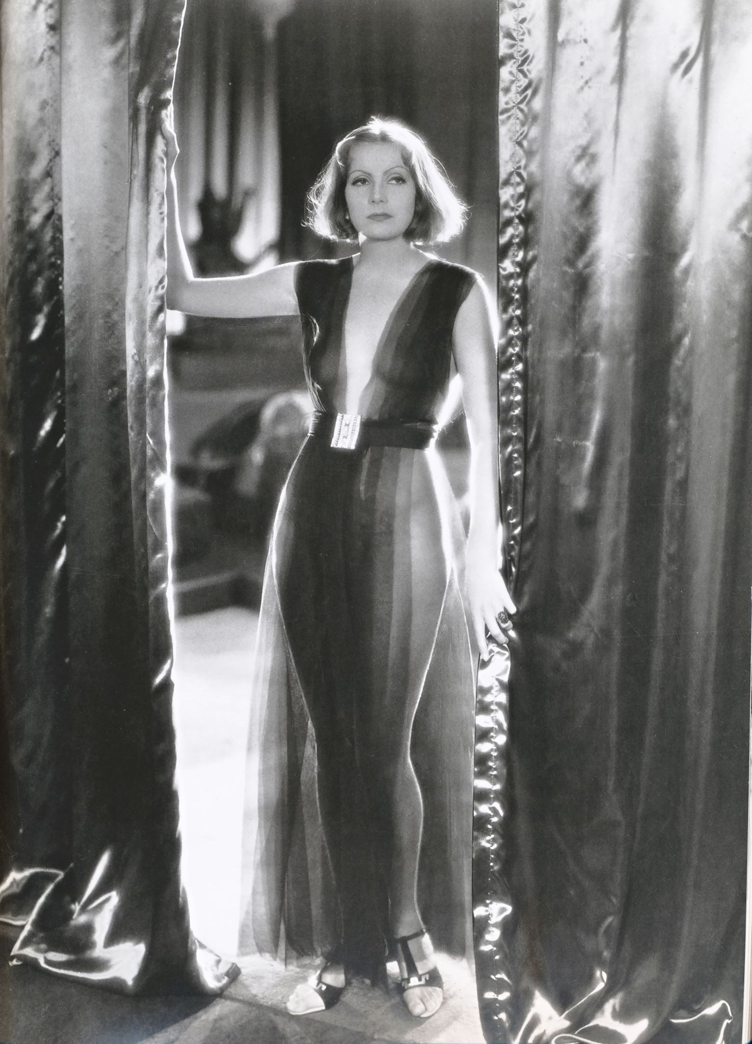 Greta Garbo hot picture (3)