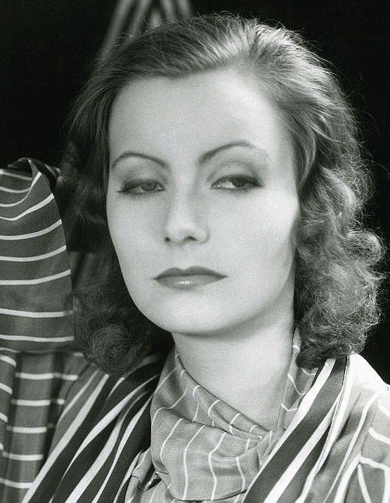 Greta Garbo hot picture