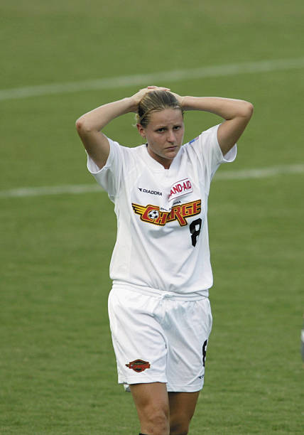 Heather Mitts awesome pic