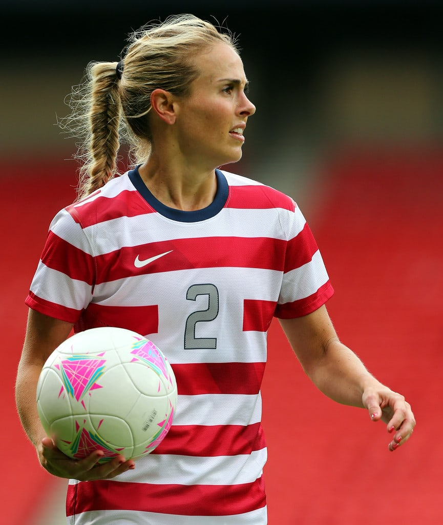 Heather Mitts sexy look
