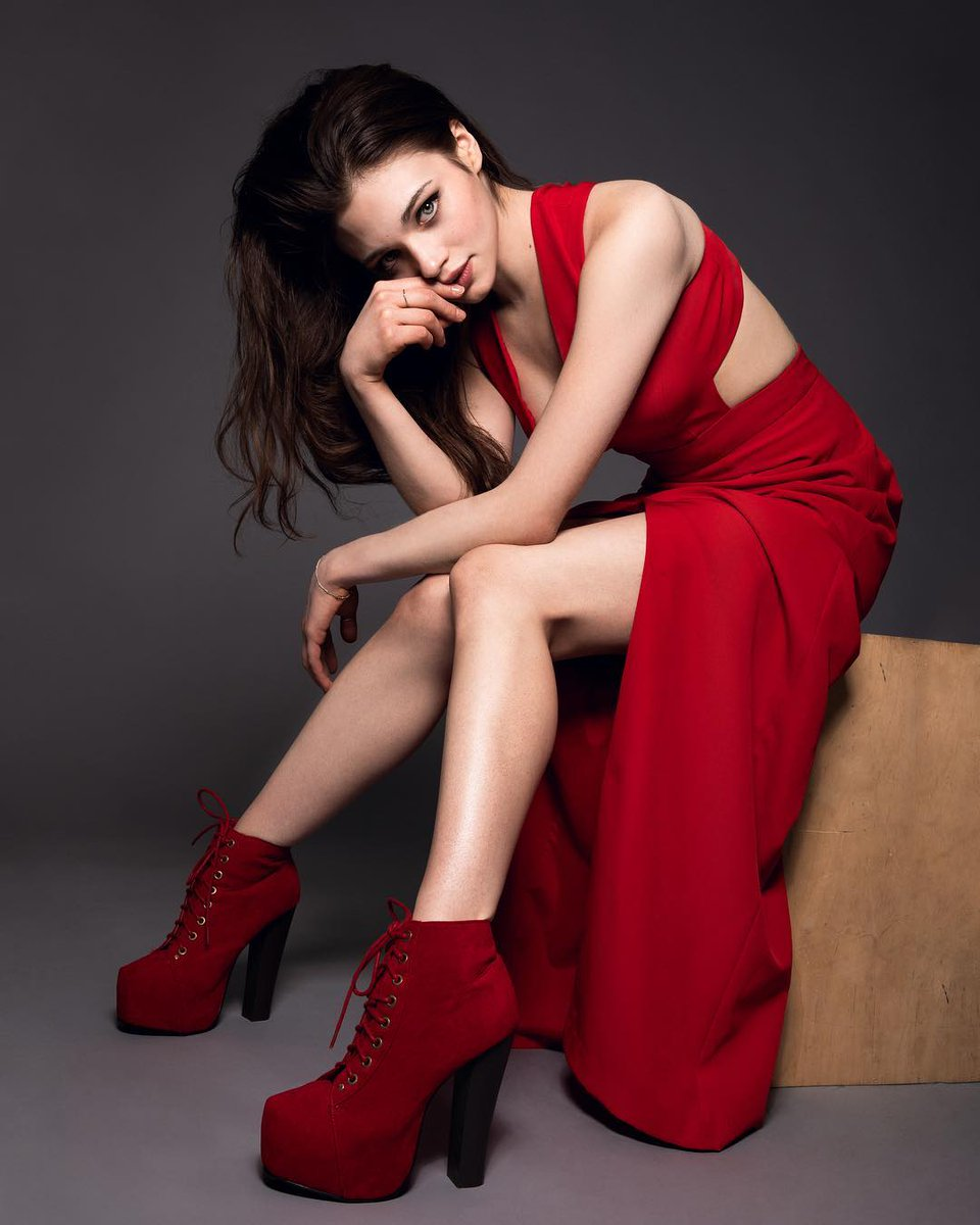India Eisley hot women picture