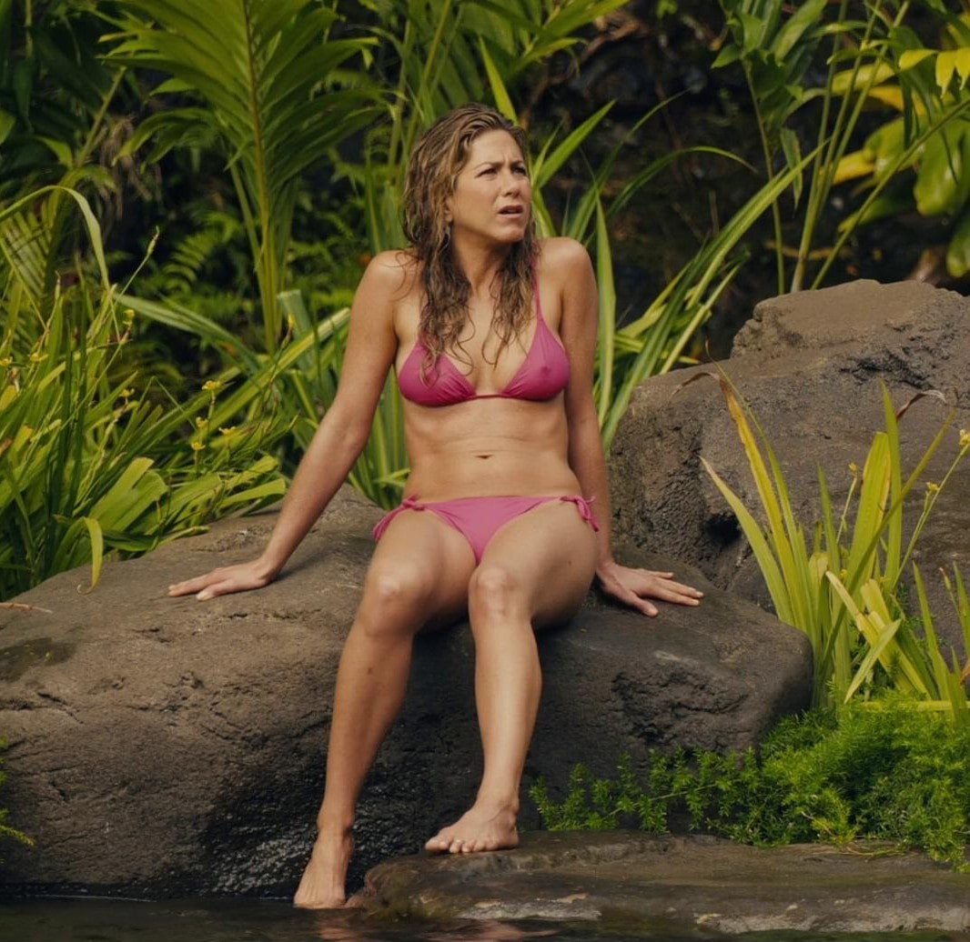 Jennifer Aniston awesome bikini