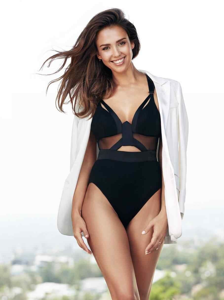 Jessica Alba Hot in Black Swimming Costume