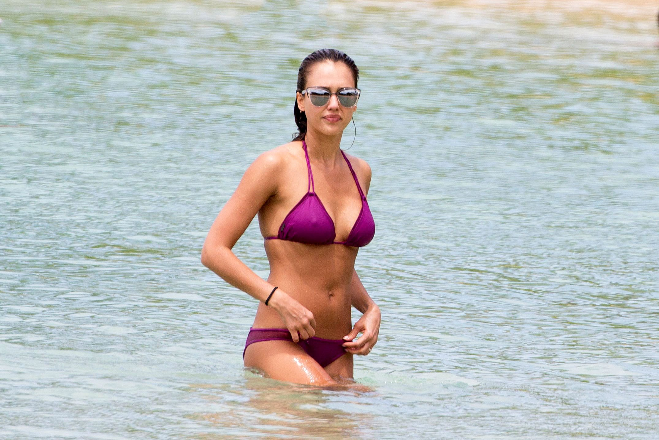 Jessica Alba Sexy Boobs Pictures in Purple Bikini